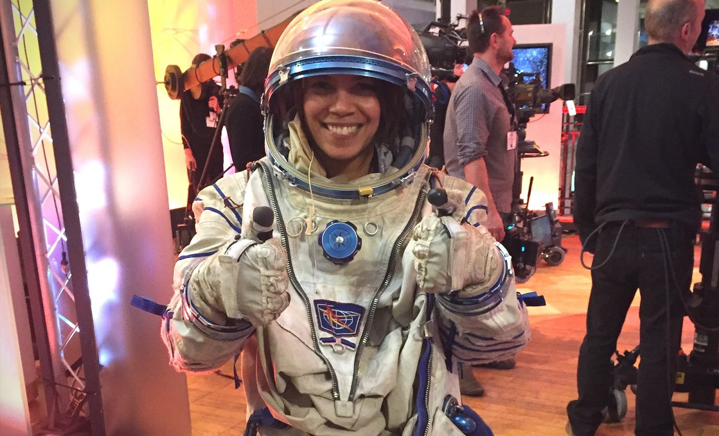 Leah Stargazing Astronaut